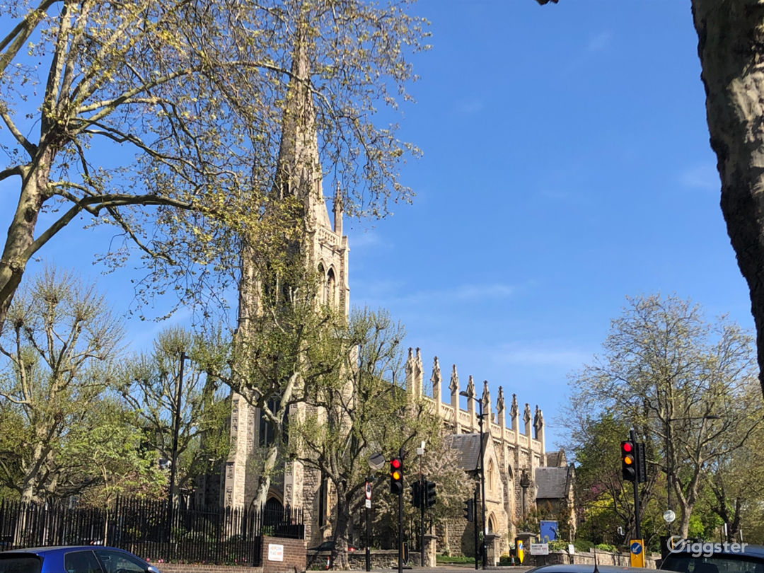 Traditional Victorian Church in London Photo 1