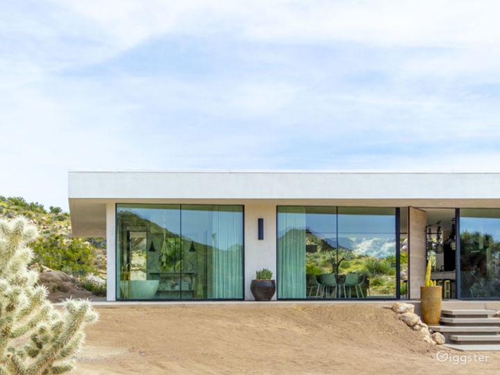 All Glass Villa in Joshua Tree Photo 3