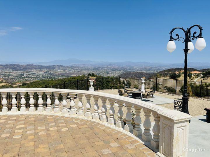 Mediterranean Mansion in the Hills. City Views! Photo 5