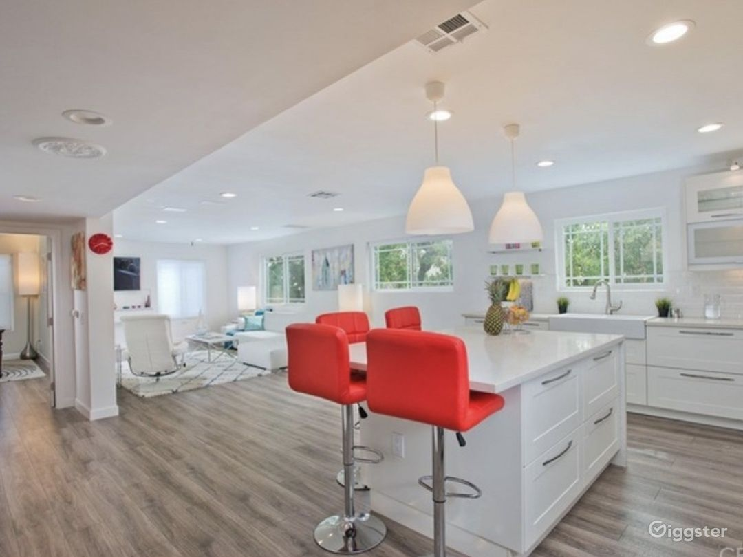 * Spacious open-concept floor plan  * Designer finishes  * Accented pieces give this space a chic upscale touch.