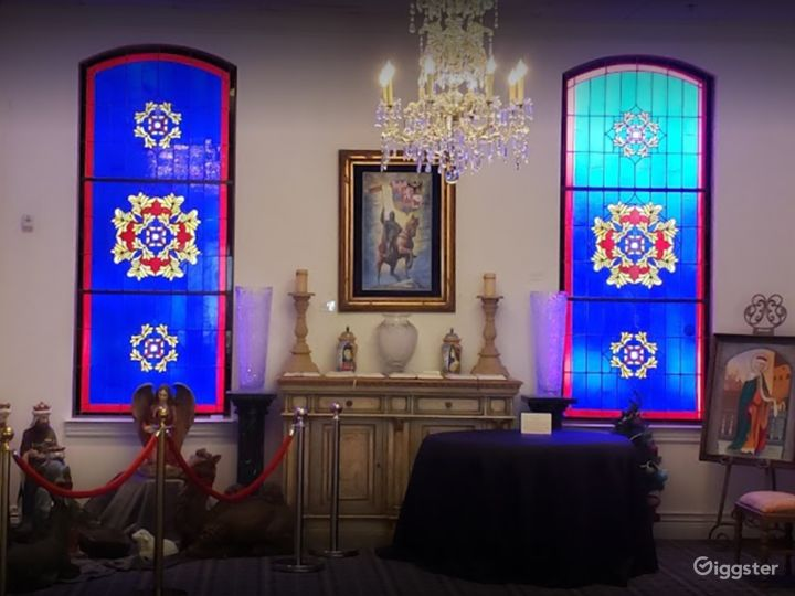 A Beautiful Altar in a Museum for Photoshoots Photo 3
