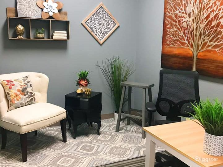 Eclectic & Rustic Vibe Private Office Photo 3