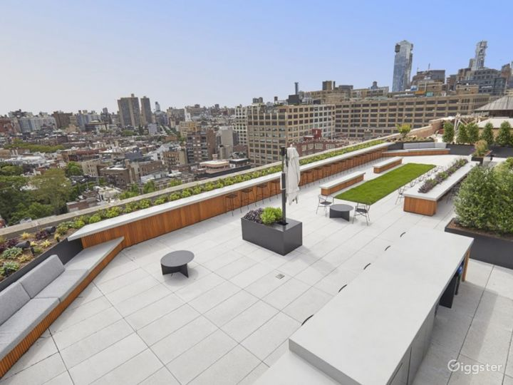 Rooftop Paradise Photo 2