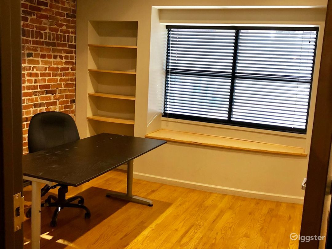 Small Private Offices in Denver Photo 1