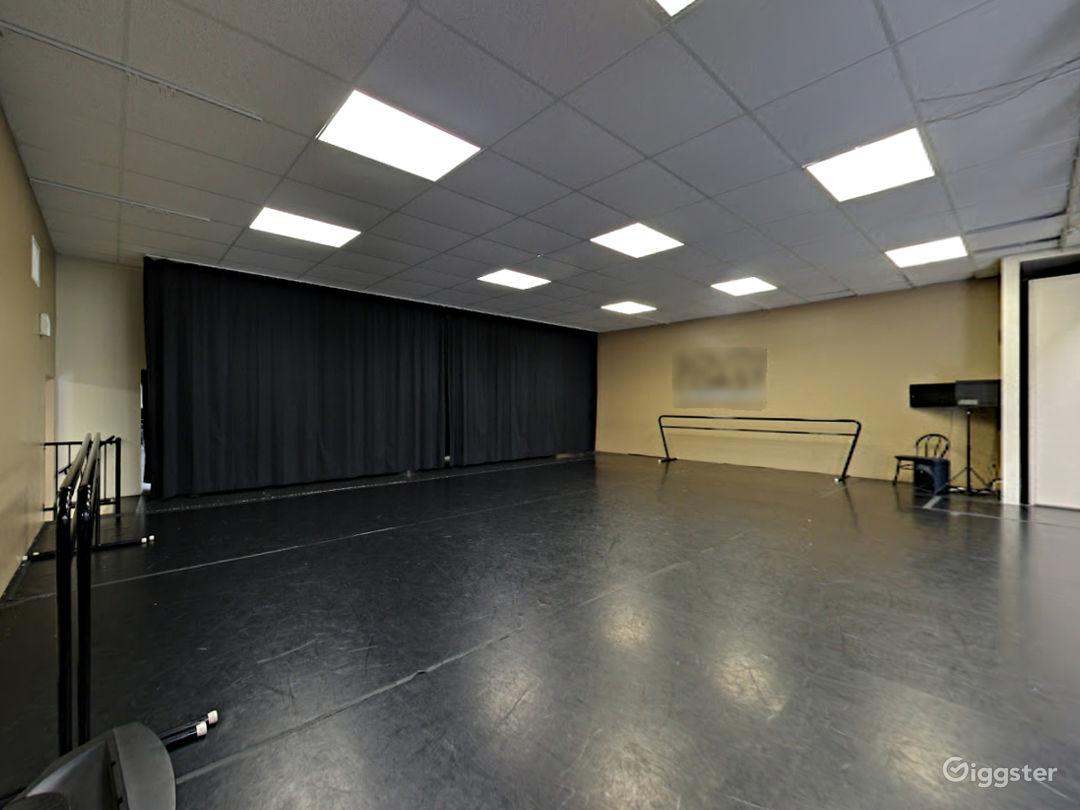 Studio 6  Photo 1