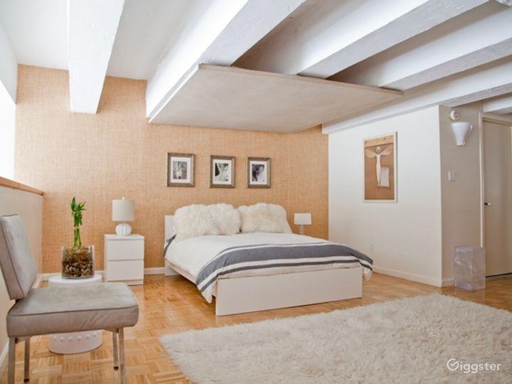 Bright modern NYC loft apartment: Location 5006 Photo 5