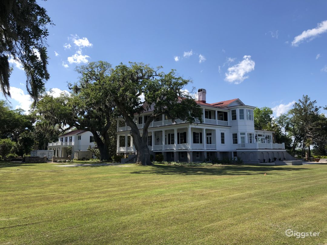 """Antebellum Mansion from """"The Big Chill"""" Photo 3"""
