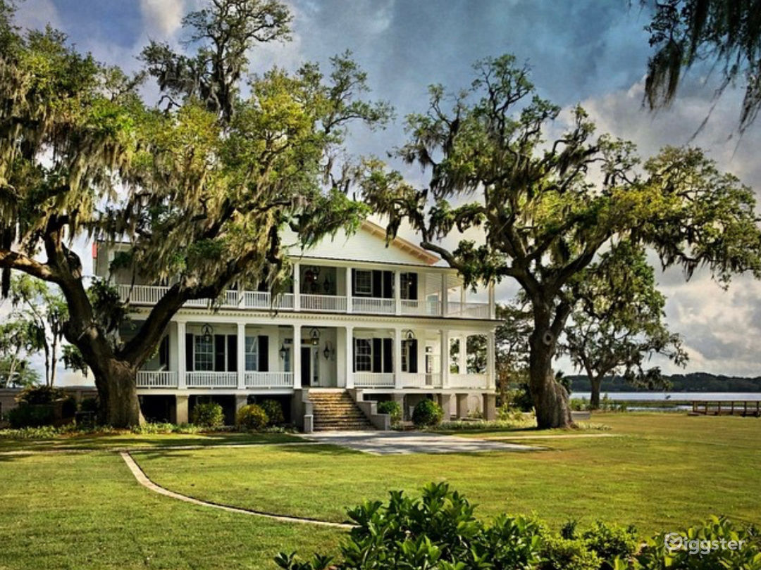 """Antebellum Mansion from """"The Big Chill"""" Photo 4"""