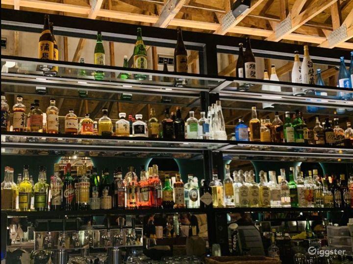 Contemporary high-end cocktail bar and izakaya Photo 4