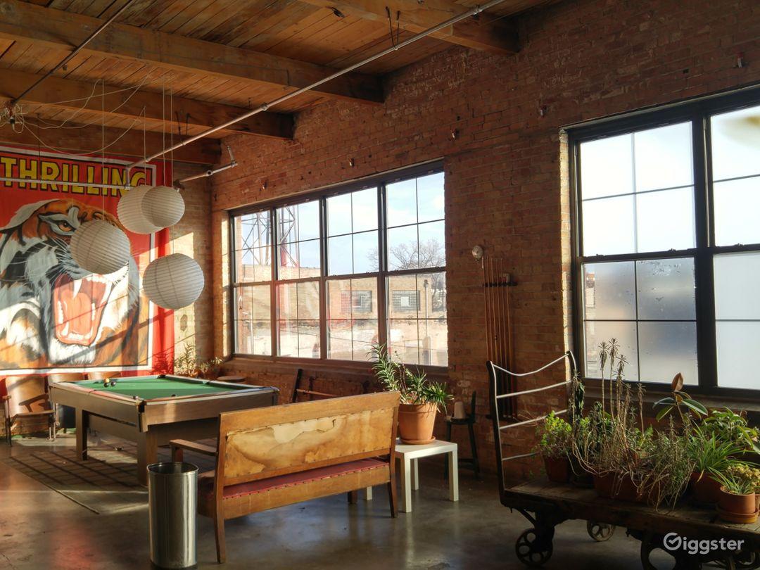 W. Chicago Studio Space Photo 3