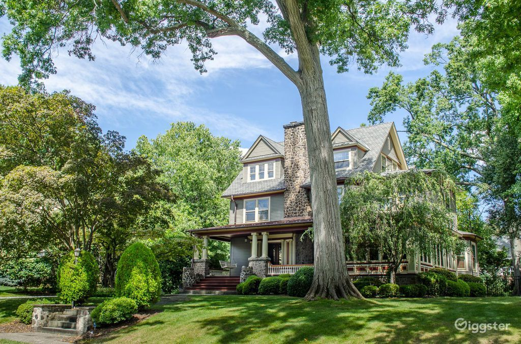Ornate Suburban Mansion in Montclair New York Rental