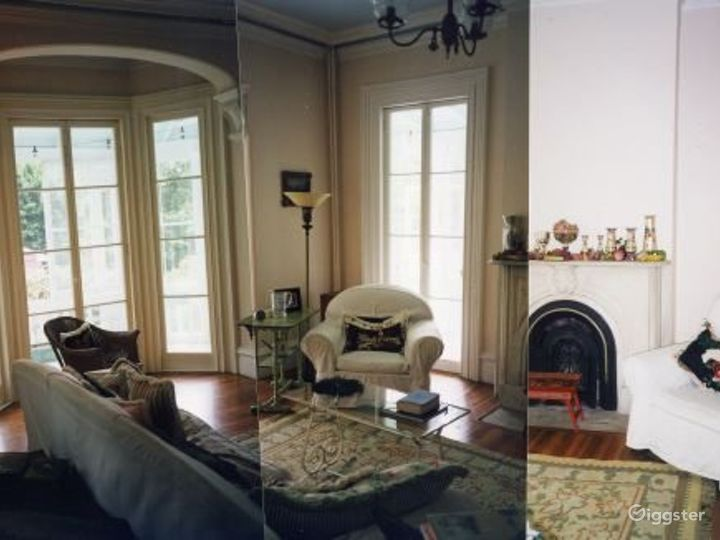 Quaint traditional suburban home: Location 1868 Photo 3