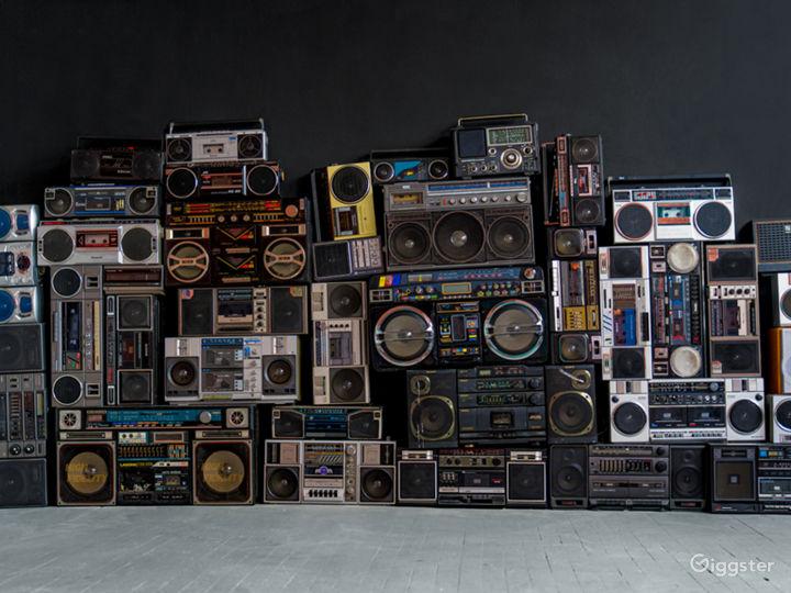 Boombox wall / Retro / Projector Studio Photo 5