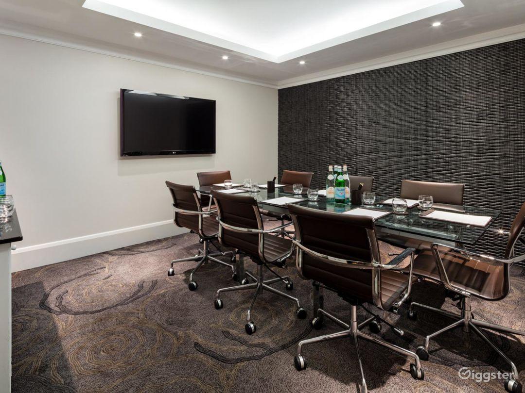 Exclusive Meeting Room in Tottenham Court Road, London Photo 1