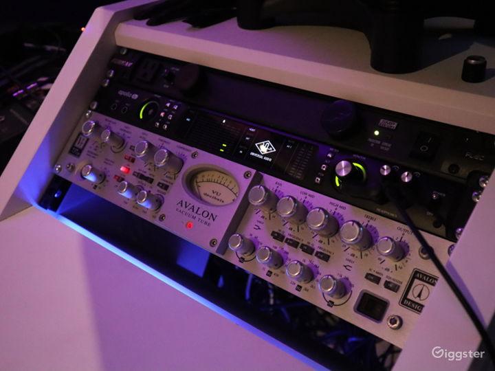 MUSIC STUDIO - Modern, Exclusive, Professional  Photo 4