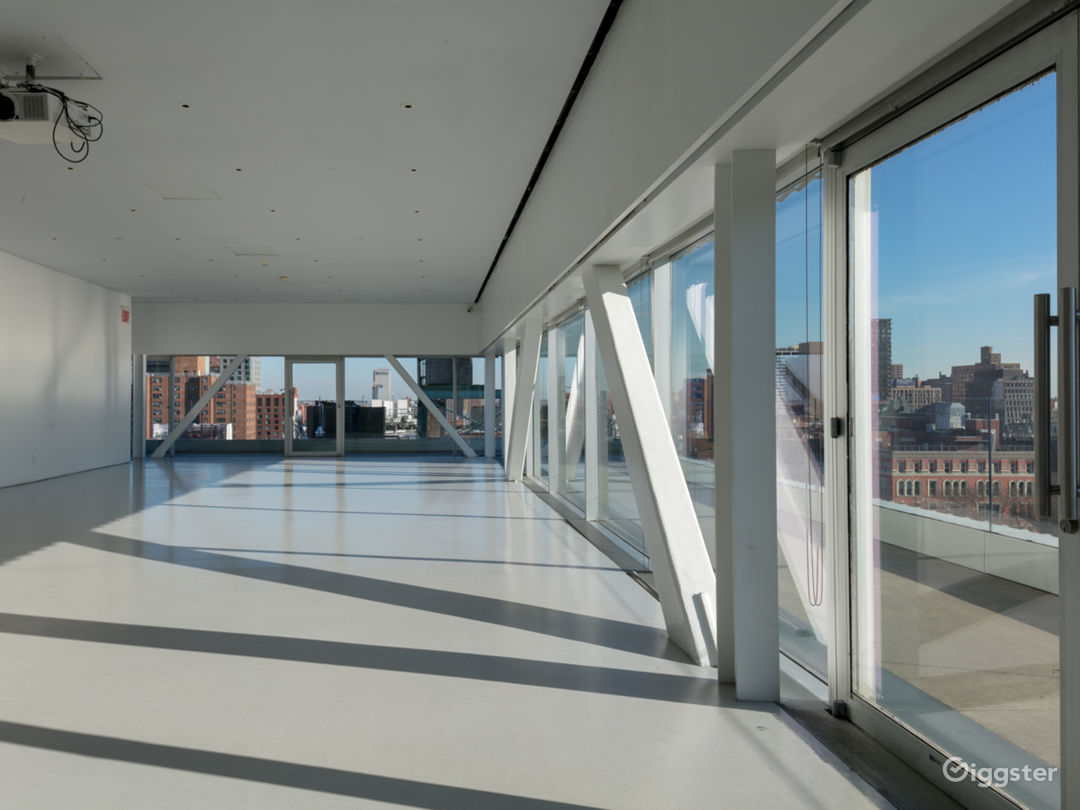 Sun-drenched Event Space with Terrace in Downtown Manhattan Photo 2