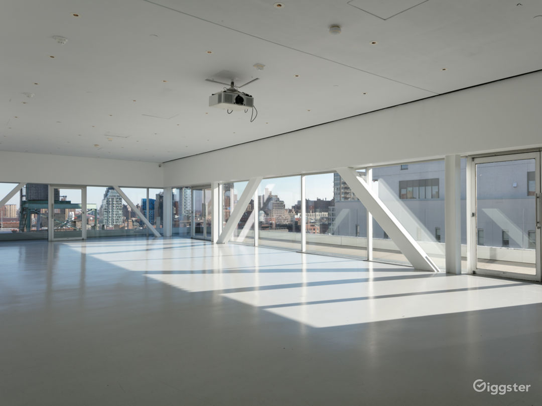Sun-drenched Event Space with Terrace in Downtown Manhattan Photo 5
