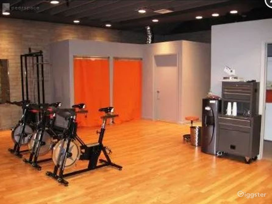 Fitness facility with a Cool Vibe Photo 1