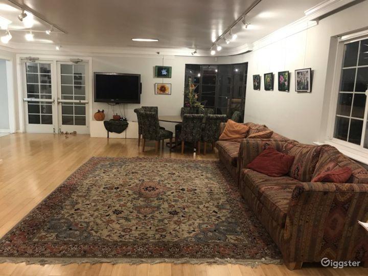 Spacious Huddle Room in Davis Photo 2