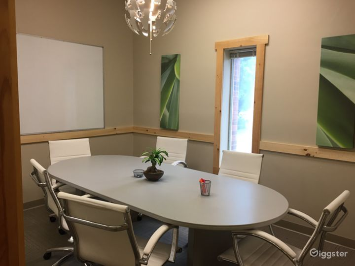 The Small Conference Room  Photo 5