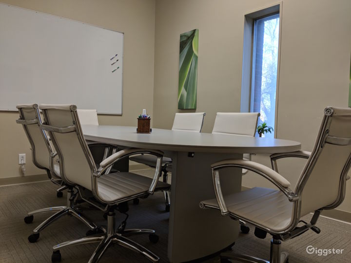 The Small Conference Room  Photo 4