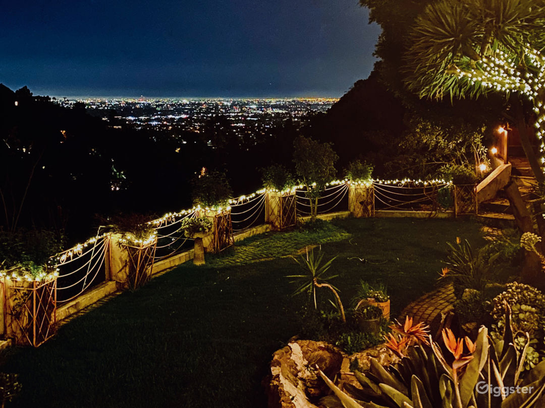 Super unique home in the Hollywood Hills! VIEWS!!! Photo 1
