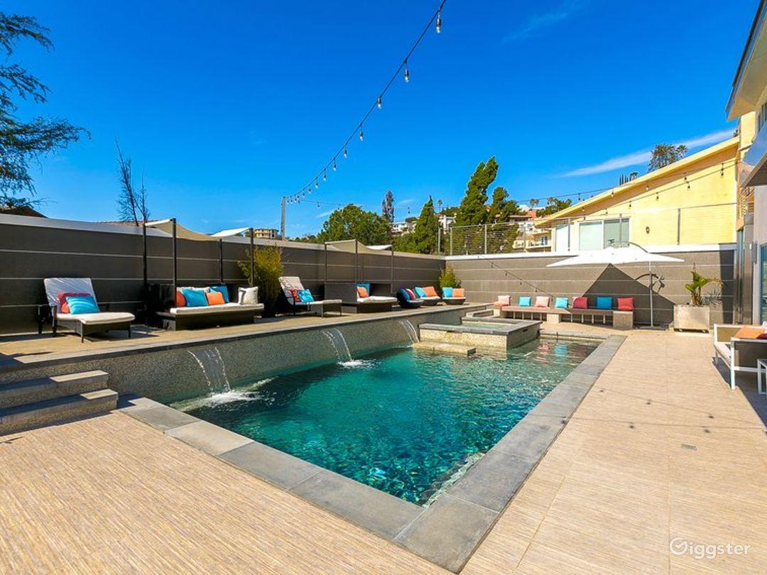 Beautiful Modern with Pool 6139 Photo 5
