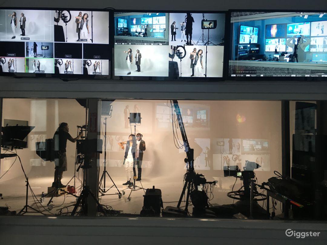 DTLA Production Studio  Photo 2