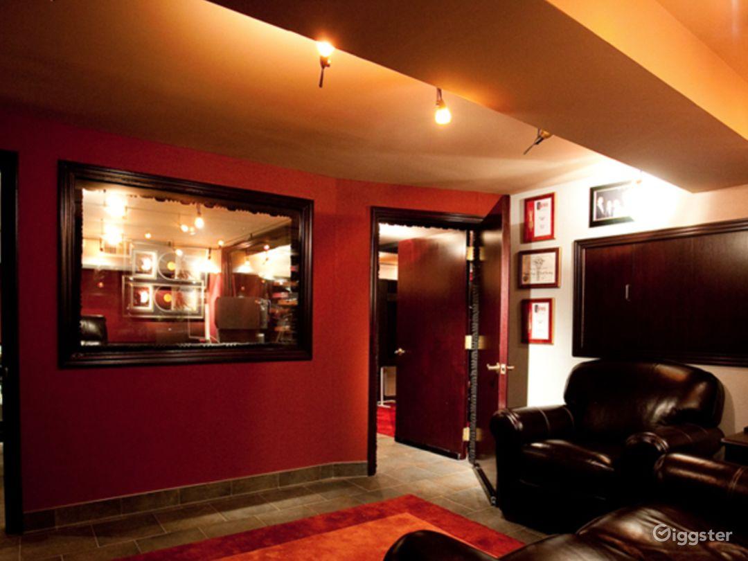 Luxury Beachfront Recording Studio  Photo 3