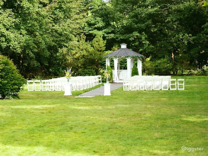 Beautiful Garden Gazebo Photo 2