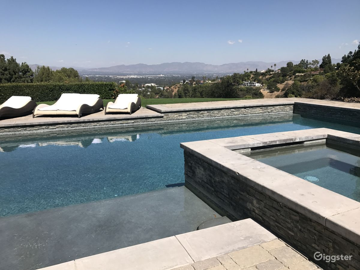 Rent The House(residential) Amazing Views, Pool, Spacious Backyard For  Filming/