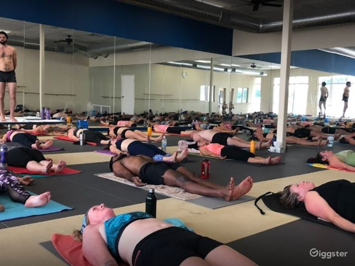 Folsom's Spacious Yoga Studio Photo 3