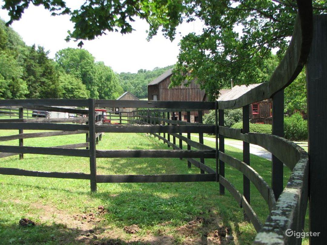 Working farm: Location 4105 Photo 1
