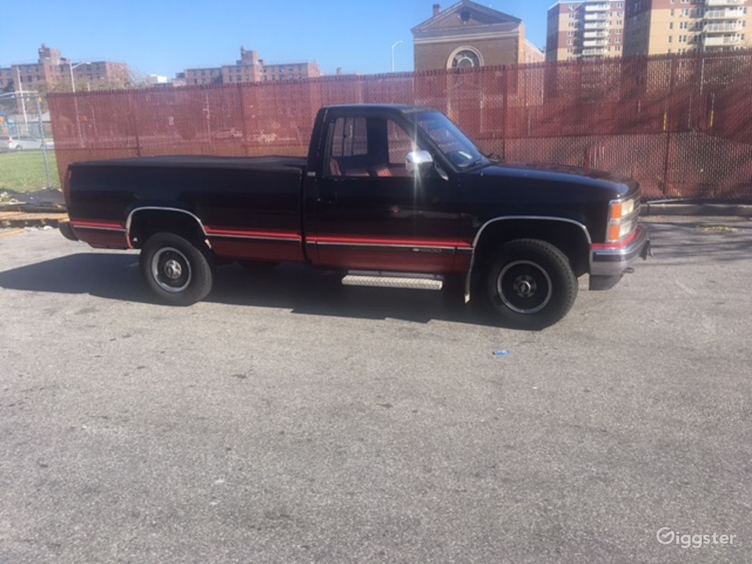 Chevy Pick up Truck Photo 1