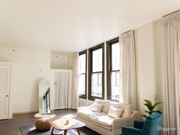 Well-lit, Hip Modern Downtown Loft w/ Huge Windows Photo 5