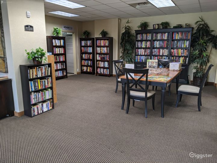 Capacious Library Type Meeting Room in San Mateo