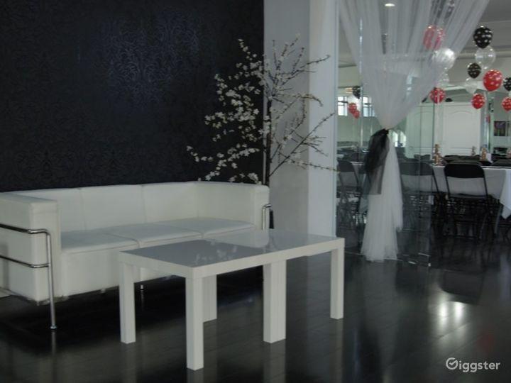 Lounge/Rooftop Studio B Photo 3
