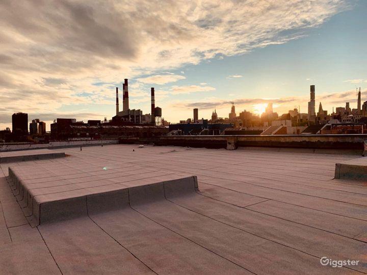 Lounge/Rooftop Studio B Photo 5