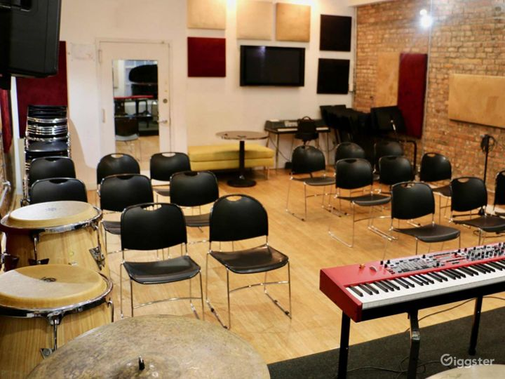 Well-equipped Music Studio in New York Photo 3
