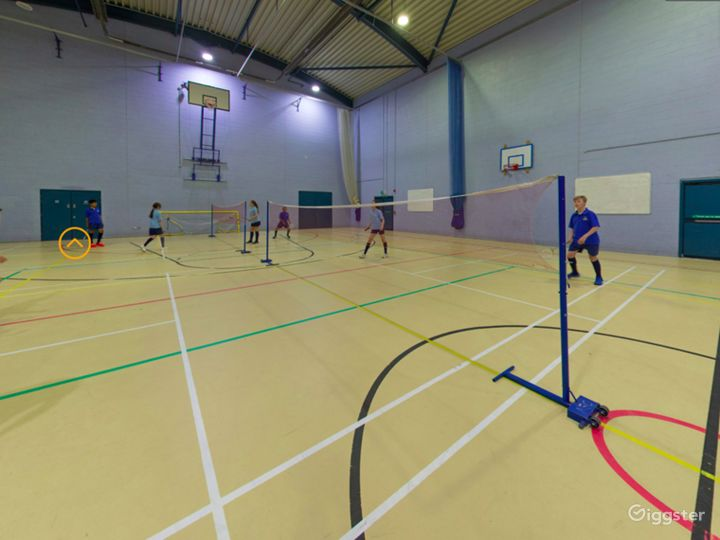 Equipped Sports Hall in London Photo 2