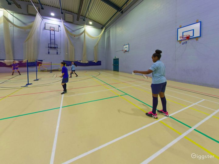 Equipped Sports Hall in London Photo 5