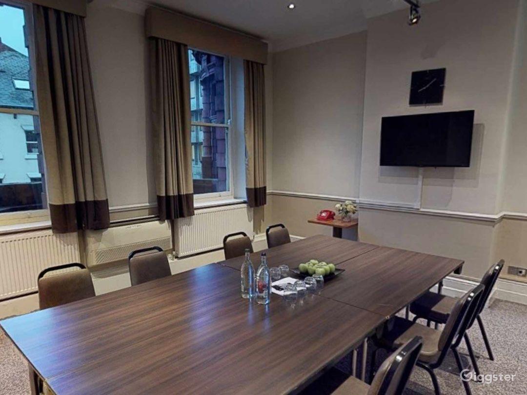 Intimate Meeting Room in Leeds  Photo 1