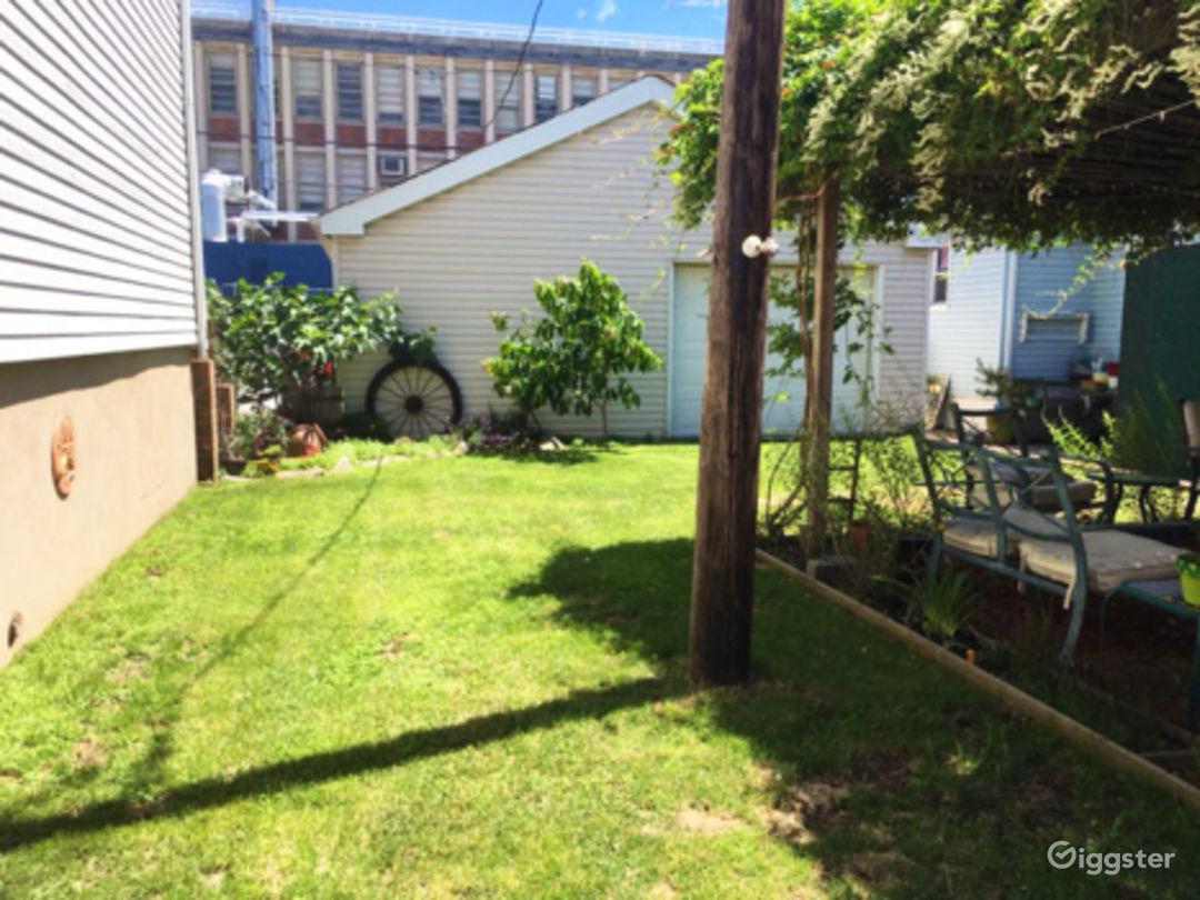Vibrant Backyard With Table Photo 5