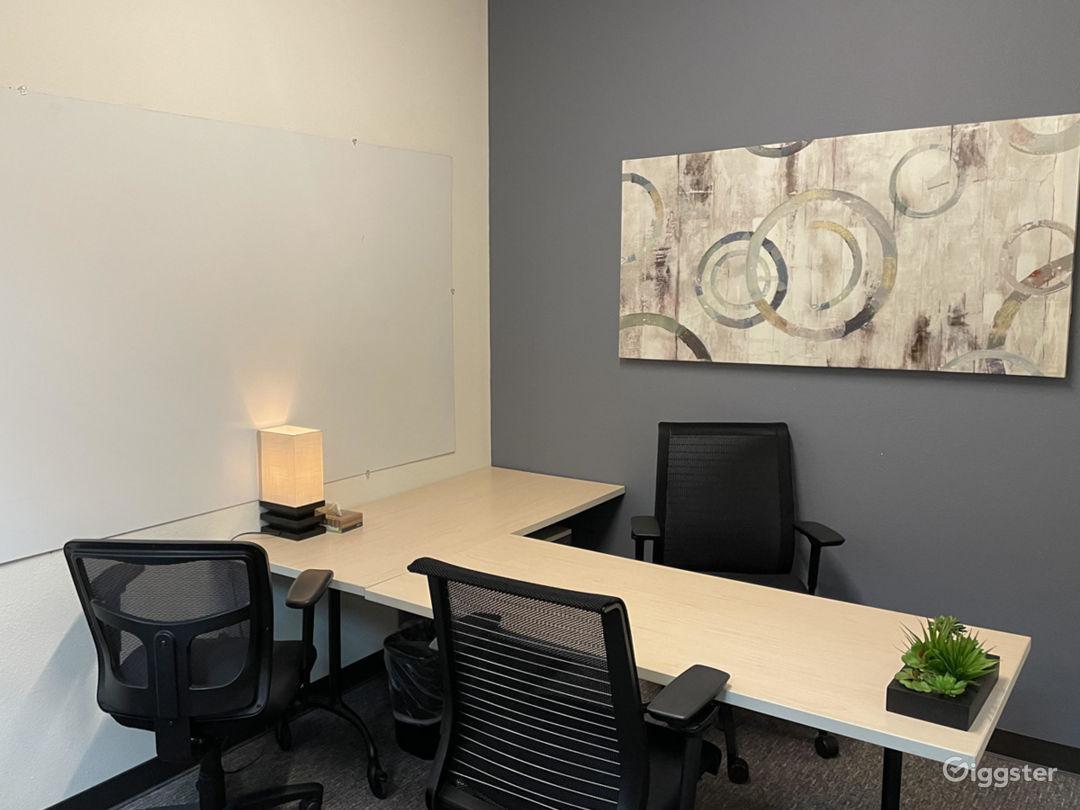 Private Office 4 in Santa Cruz Photo 1