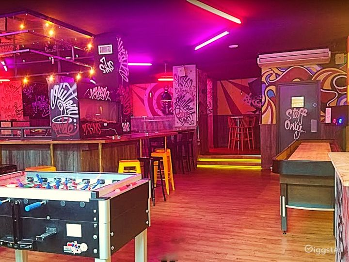Vibrant Games Bar with Good Music in Manchester Photo 3