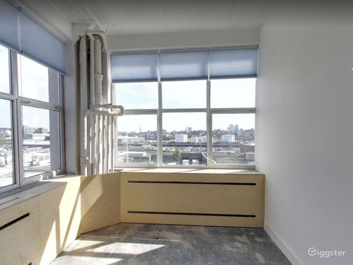 Studio 104 (Office Space) in Long Island Photo 2