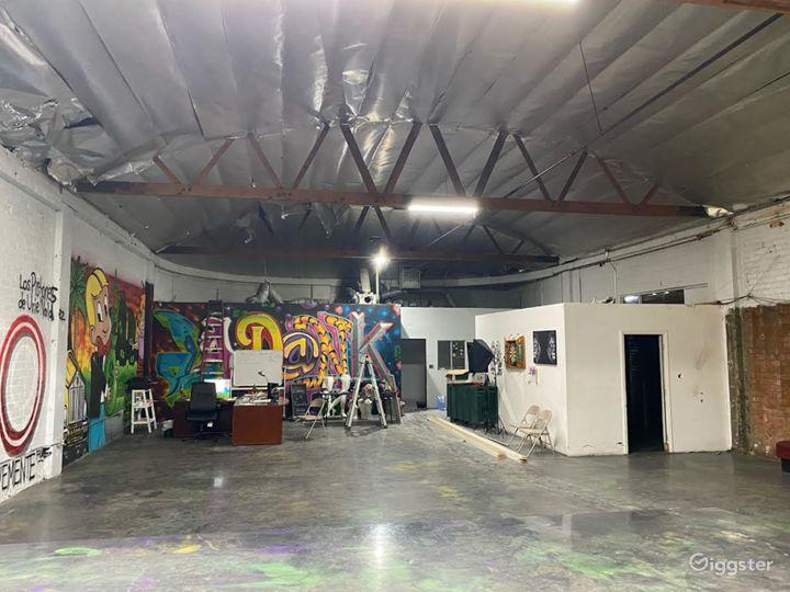 Raw industrial warehouse  Photo 3