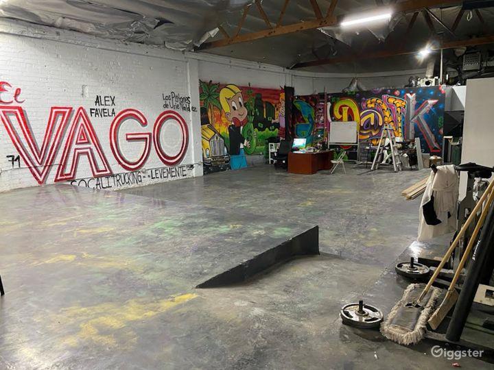 Raw industrial warehouse  Photo 4