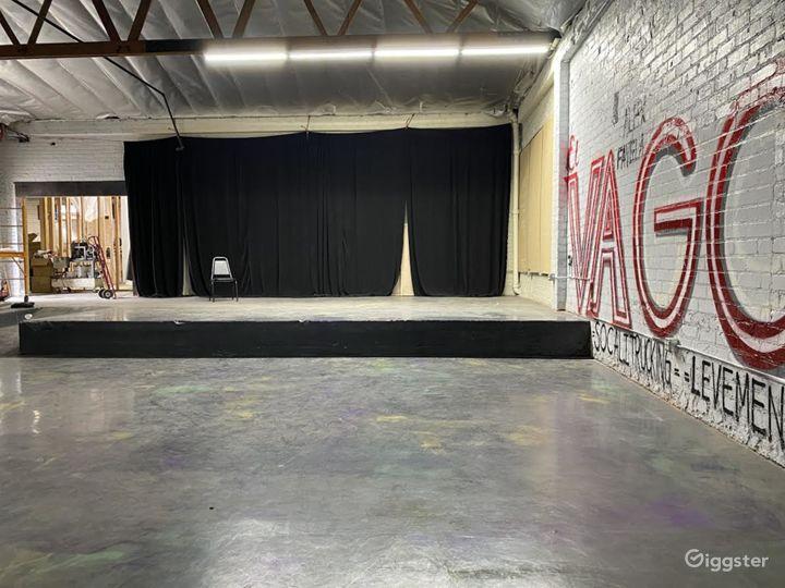 Raw industrial warehouse  Photo 5