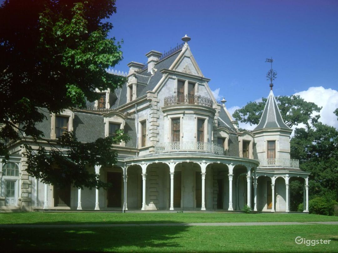 Period mansion home: Location 4016 Photo 1